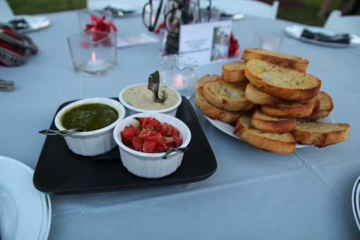 pesto, bruschetta and white bean dip