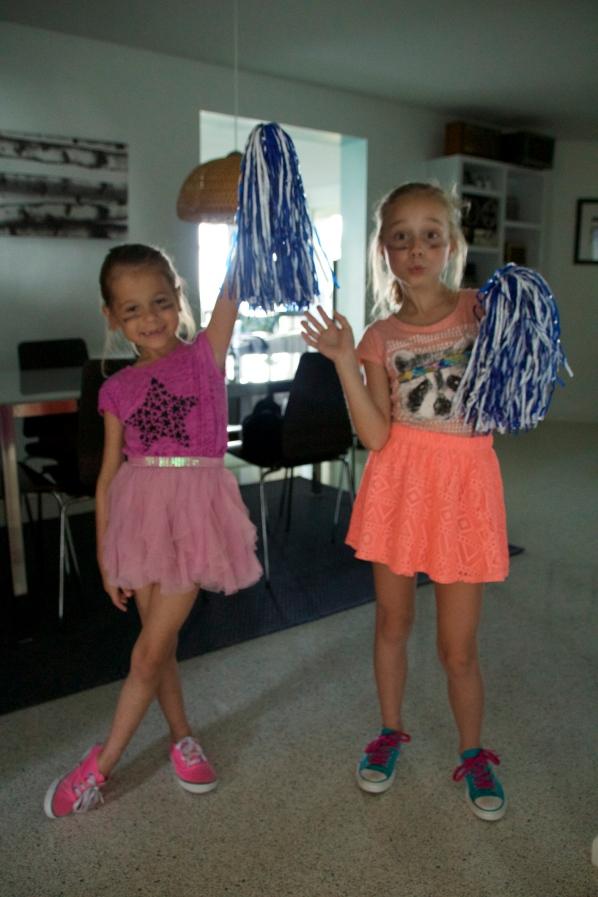 Sara and Sophie cheerlearders