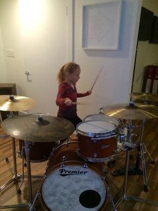 Sara drums
