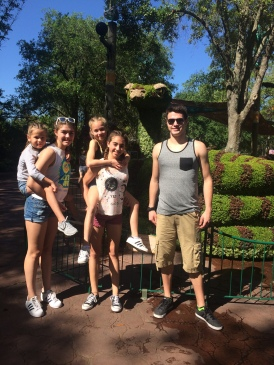 Visit with the Thomas' 2017 48